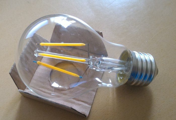 lampadina led goccia e filamento