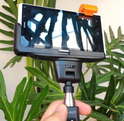 Bastone selfie con bluetooth Aukey
